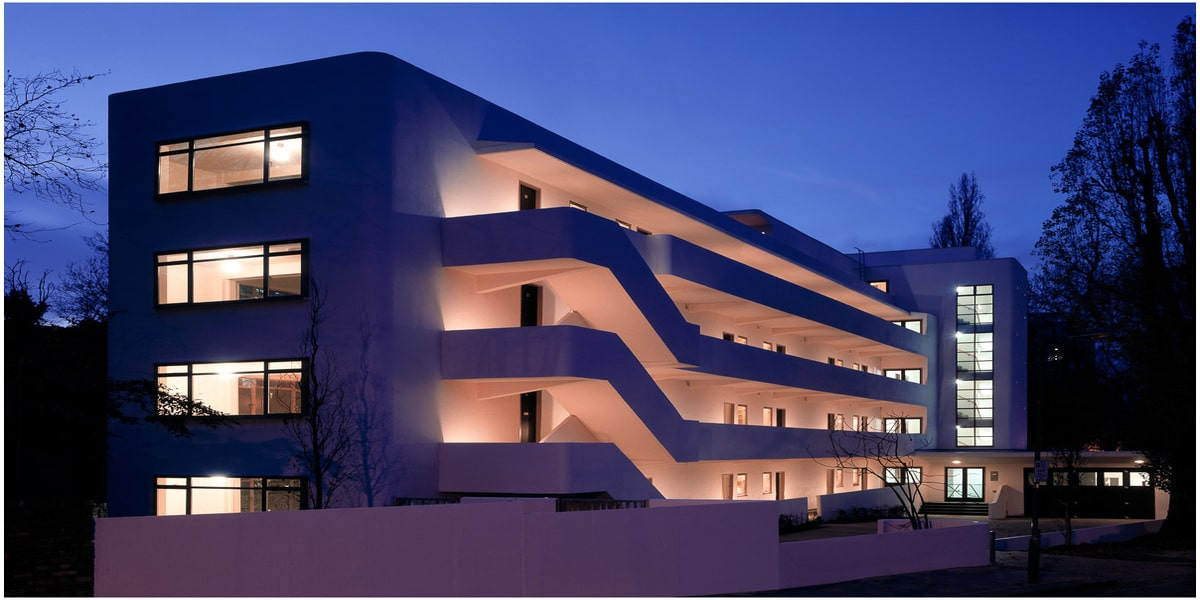 Iskon architecture moderniste