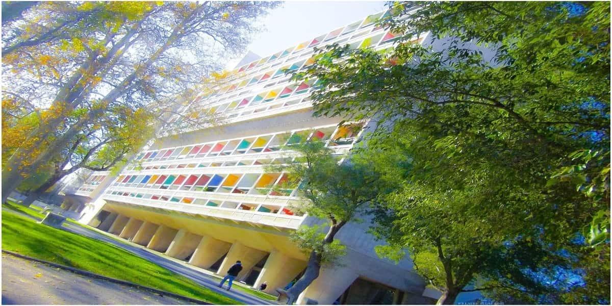cité radieuse avec une architecture moderniste